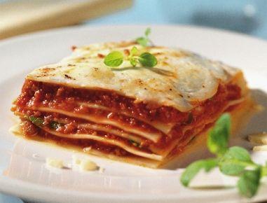 f r die gem se lasagne aus dem dampfgarer das gem se in 1 cm gro e w rfel schneiden und l in. Black Bedroom Furniture Sets. Home Design Ideas