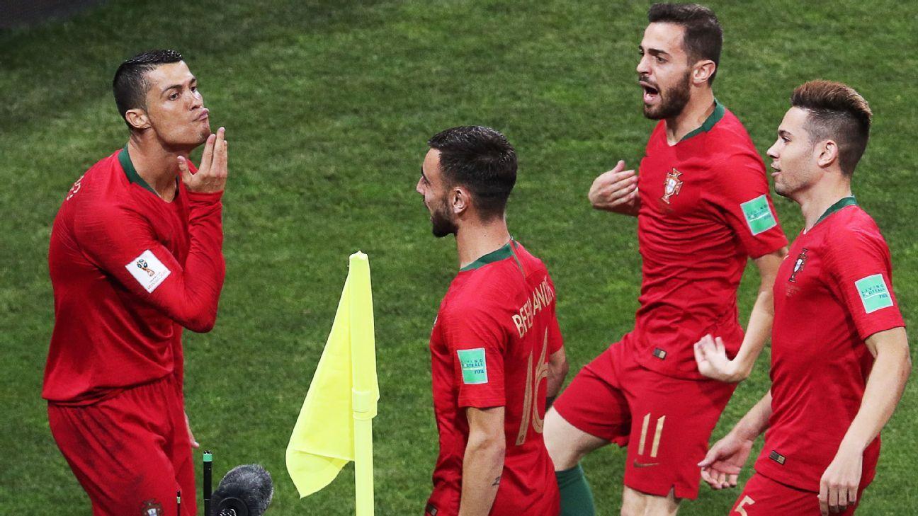 Cristiano Ronaldo S Sensational Hat Trick Rescues Point For Portugal Vs Spain Ronaldo Spain Football Cristiano Ronaldo