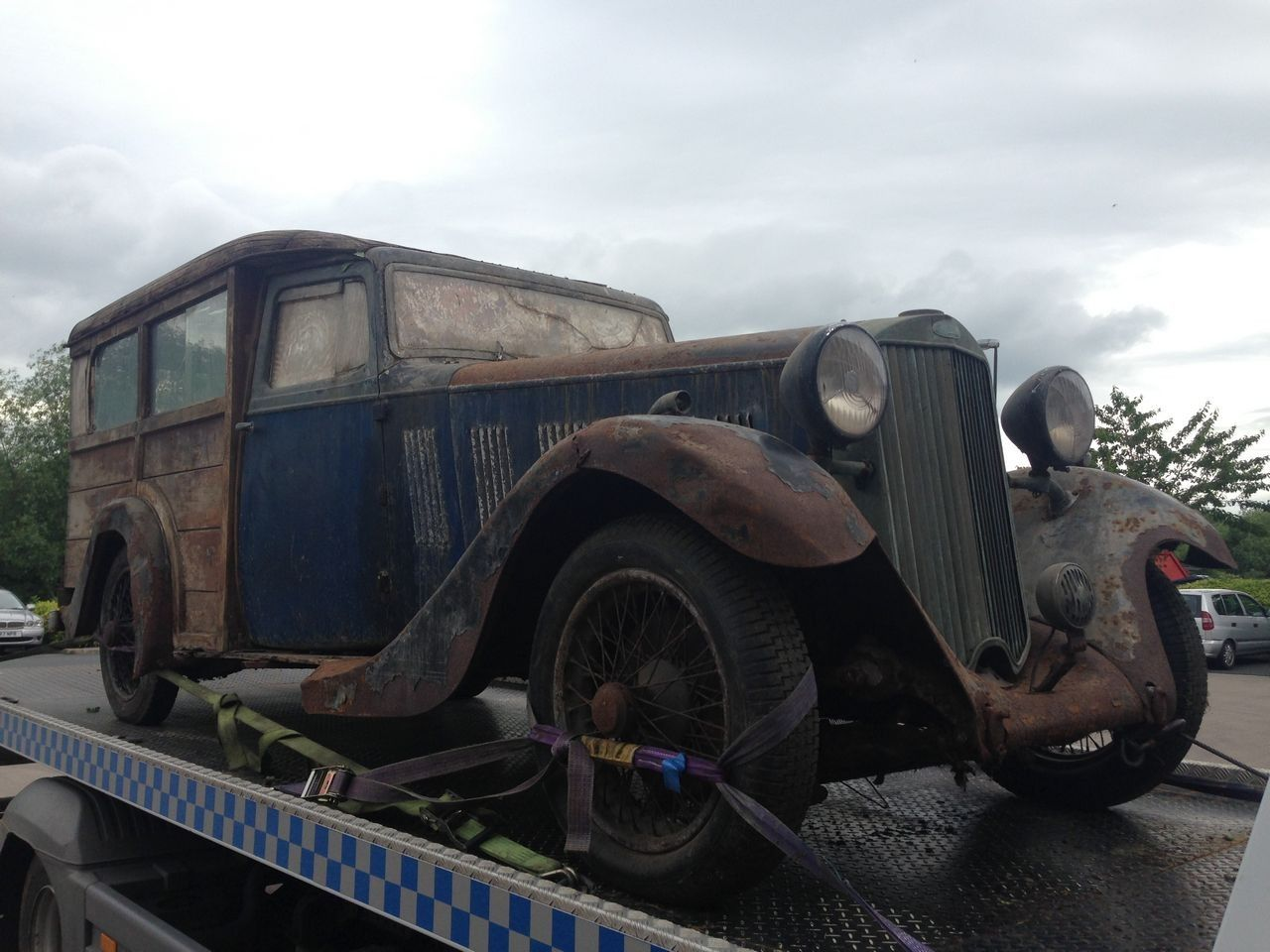 1935 Sunbeam shooting brake Woodie project car.Barn find & for ...
