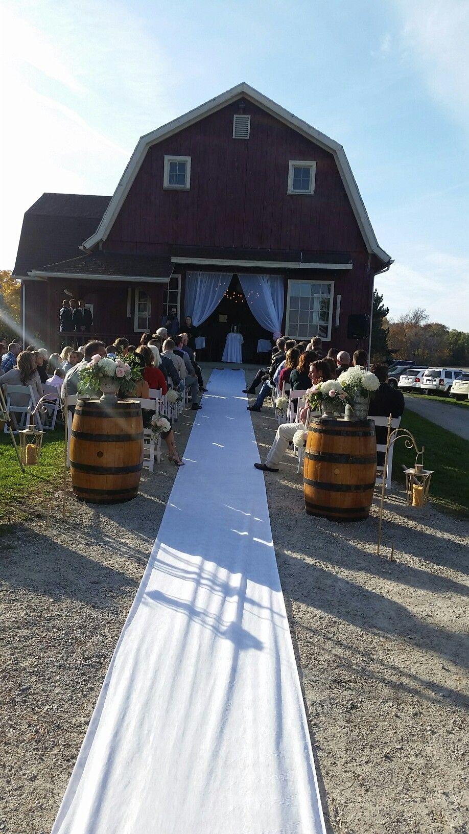 Phillips Barn In Oregon Ohio For Ceremonies And Receptions Indoor Ceremony Wedding Ceremony Location Wedding Ceremony Pictures
