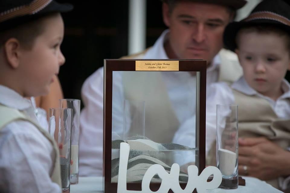 #love #wedding #marriage #forever #facebook #foreverframe #socialmedia #pictureframe #pics #repin #family