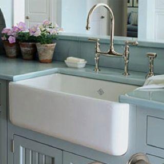 Kitchen necessity: deep sink Dream Kitchen! Pinterest