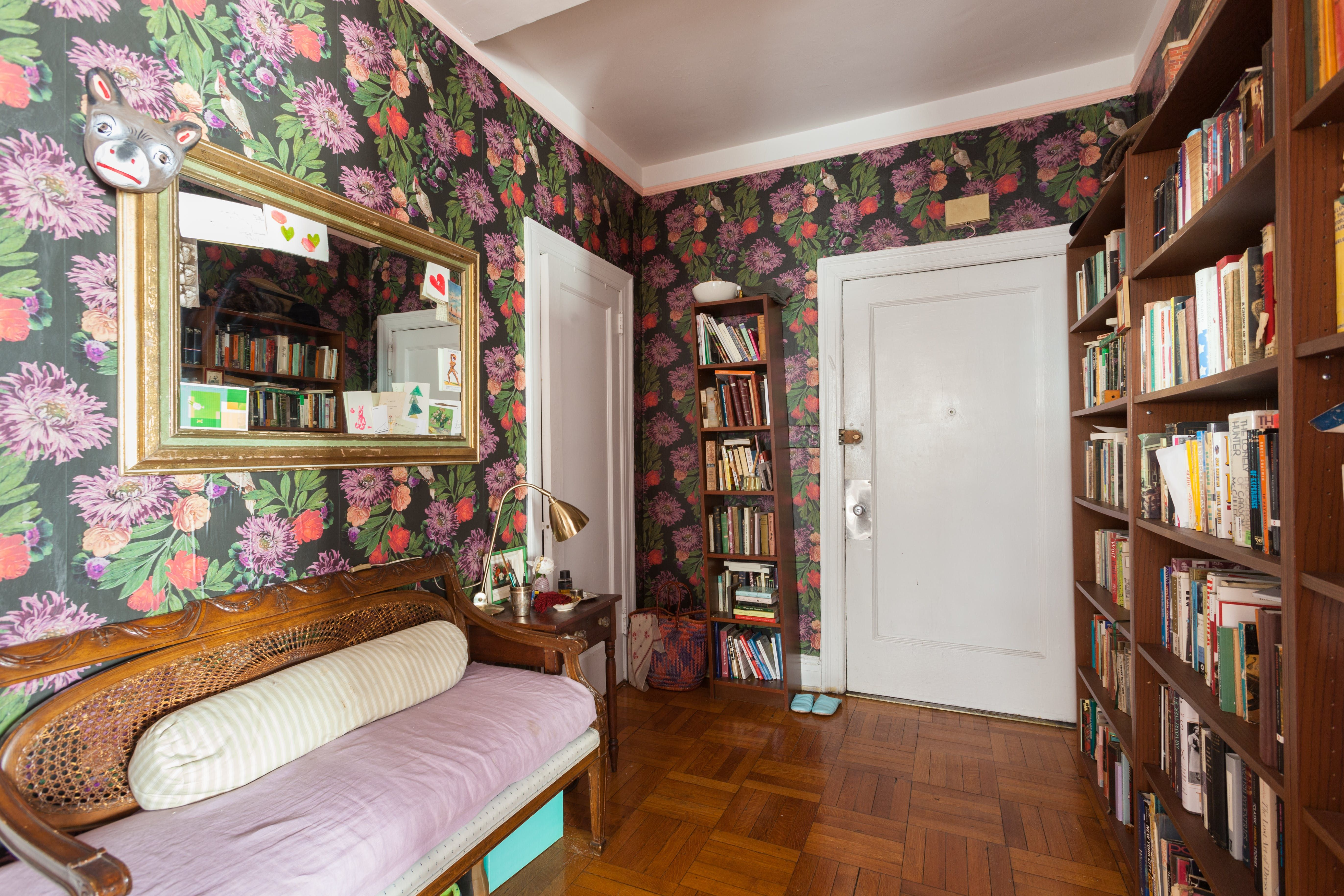 Eclectic Chaos In A Fantastic Feminist Nyc Rental Apartment Decorating Rental Nyc Rentals Apartment Decor