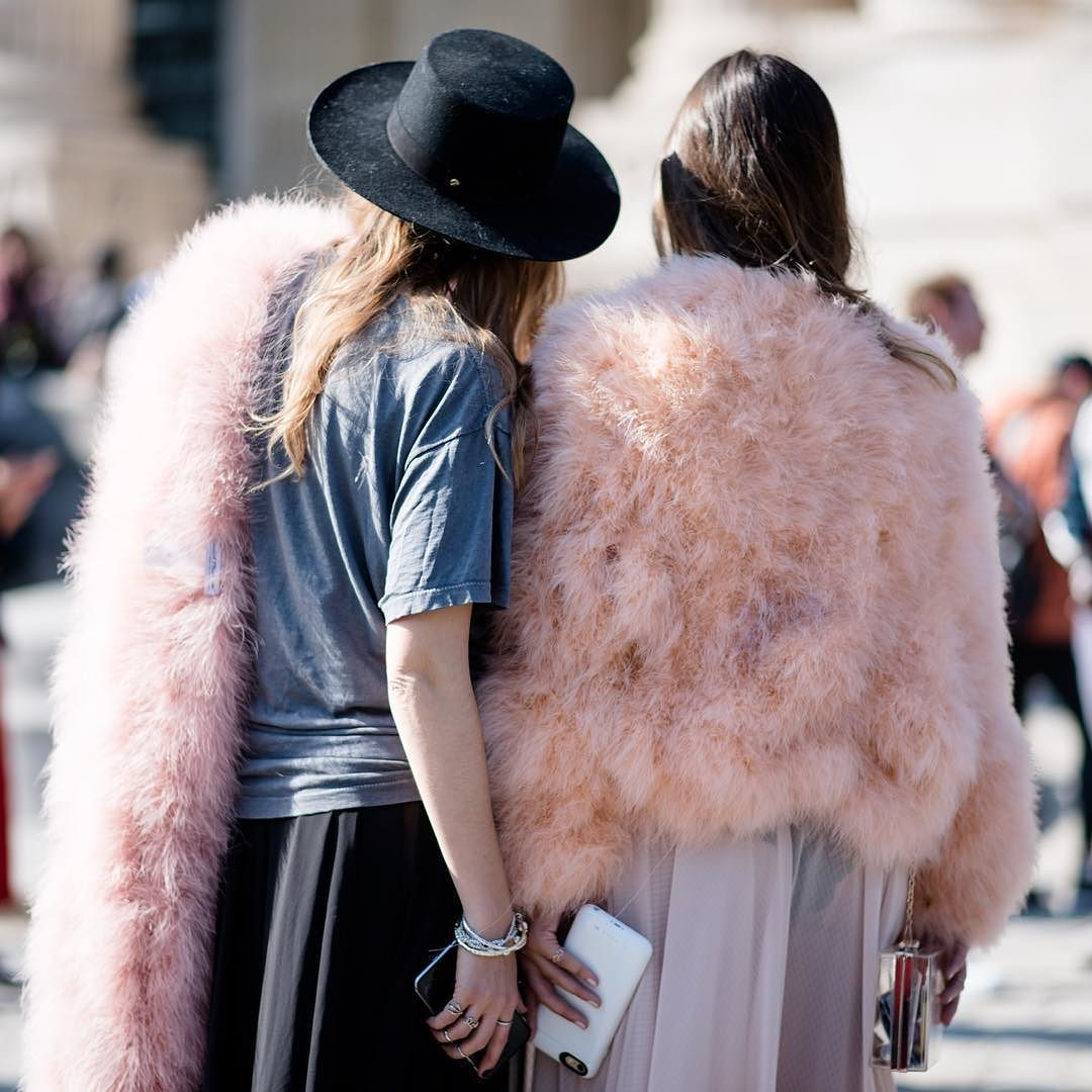 #LubakiLubaki | #AlexandreGaudin  #With Unknown #During #Mugler #SS16 #PFW  www.lubakilubaki.com by Alexandre Gaudin  #StreetStyle#photographer#photo#Women#pink#hat#fashionweek#fashionweekparis#womensfashion#womenswear#Parisfashion#fashion#Paris#mode#moda#style#Nofilter http://ift.tt/1OQNLQP