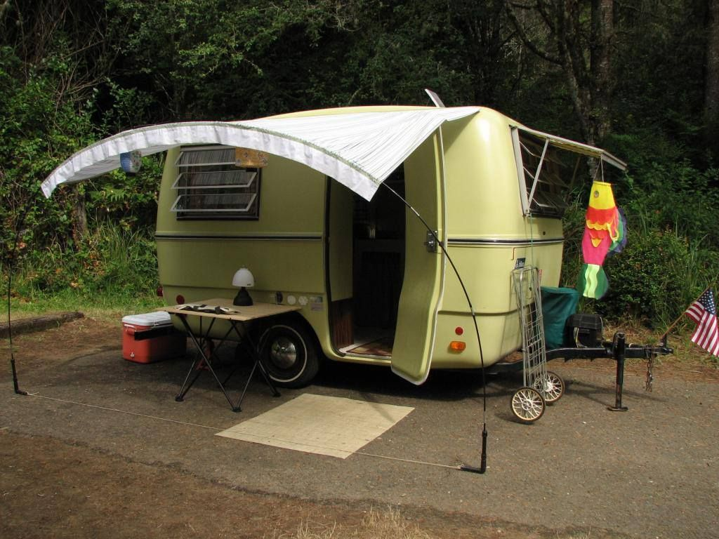 Great Idea For Diy Awning Use Bent Pvc Camper Awnings Rv Awning Ideas Tent Trailer