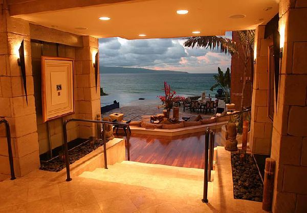 Entrance Interior Design In Luxury Tiger Woods Home In Hawaian Island