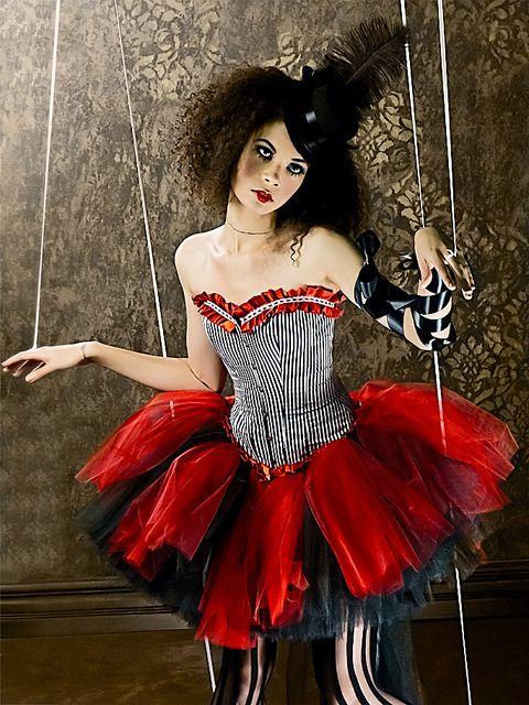 combinaci ikuko inspiration red circus pinterest kost m zirkus kost m und fasching. Black Bedroom Furniture Sets. Home Design Ideas