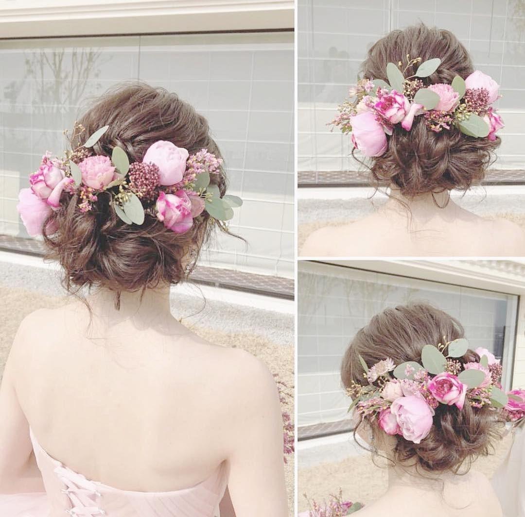 大人可愛い シニヨン の花嫁アレンジ10選 結婚式準備はウェディングニュース ウェディング ヘアスタイル ウェディング 結婚式 花嫁 髪型