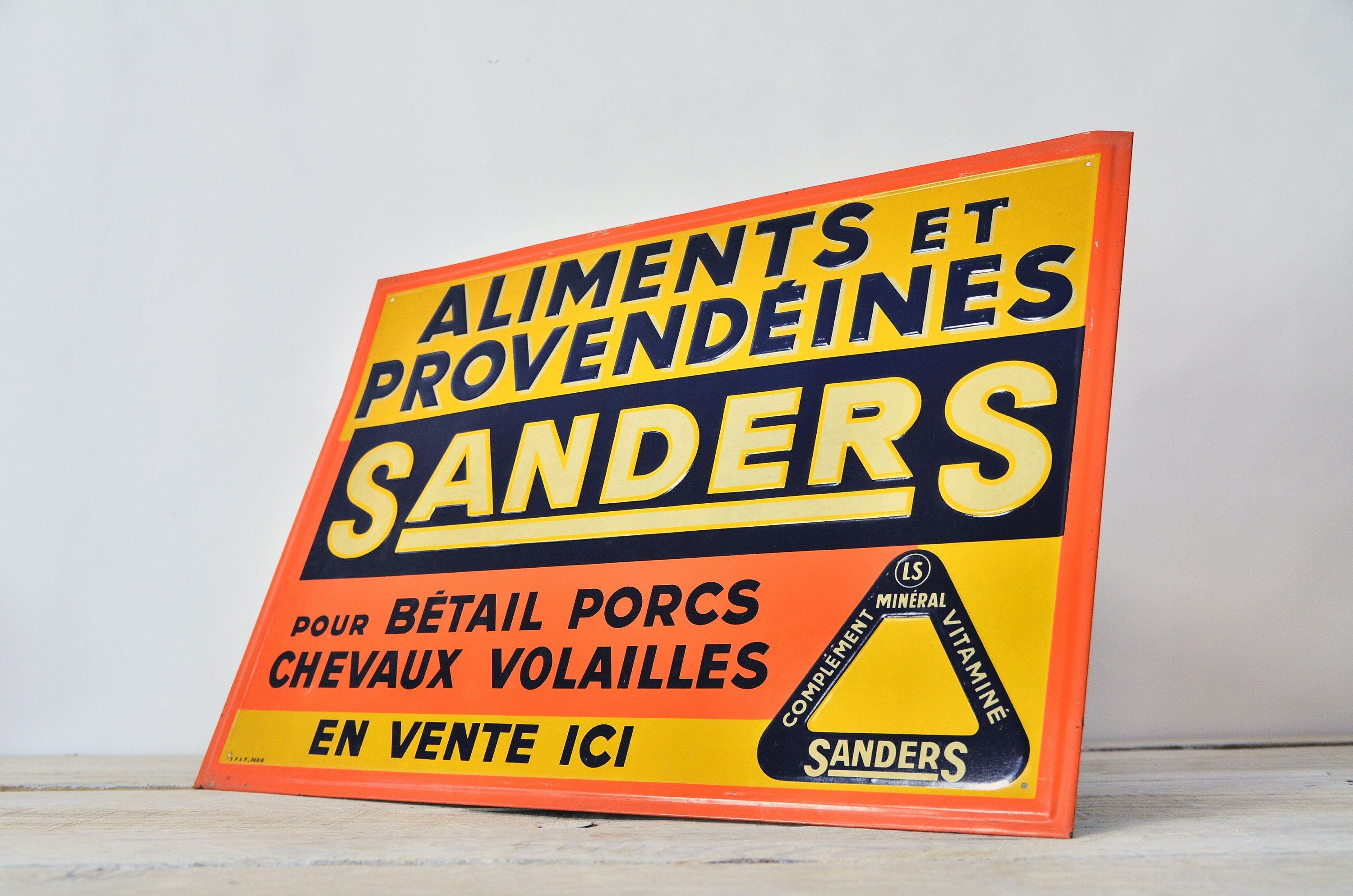 Garage Decor Signs Vintage Metal Sign French Signage Plate Tin Plaque Retro Food