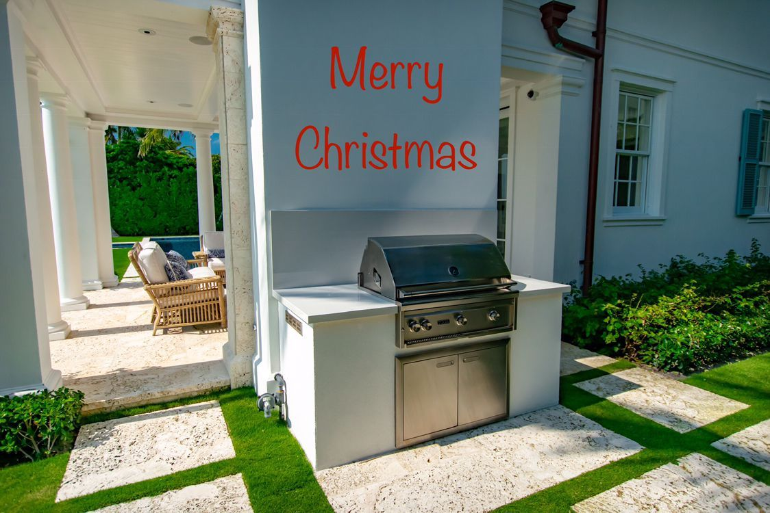 Palm Beach Outdoor Kitchen Merry Christmas And Happy Holidays Fischmanoutdoorkitchens Palmbeachgrillcl In 2020 Outdoor Kitchen Outdoor Appliances Summer Kitchen