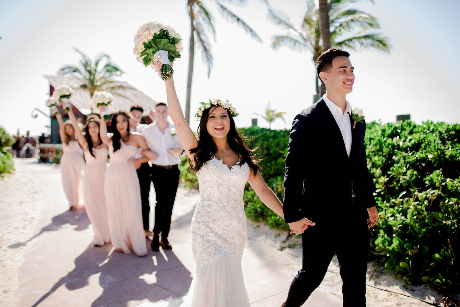 Sail Away With This Disney S Fairy Tale Wedding At Castaway Cay