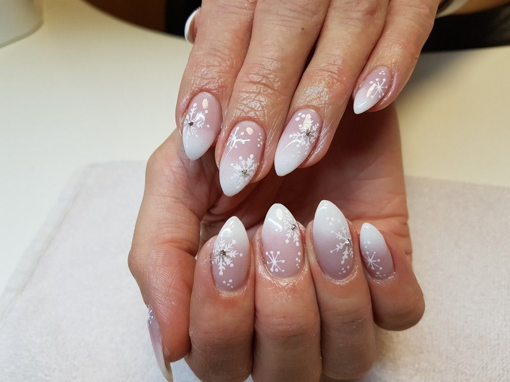 131217 Nails Pinterest Simple Nail Designs Holiday Nail Art