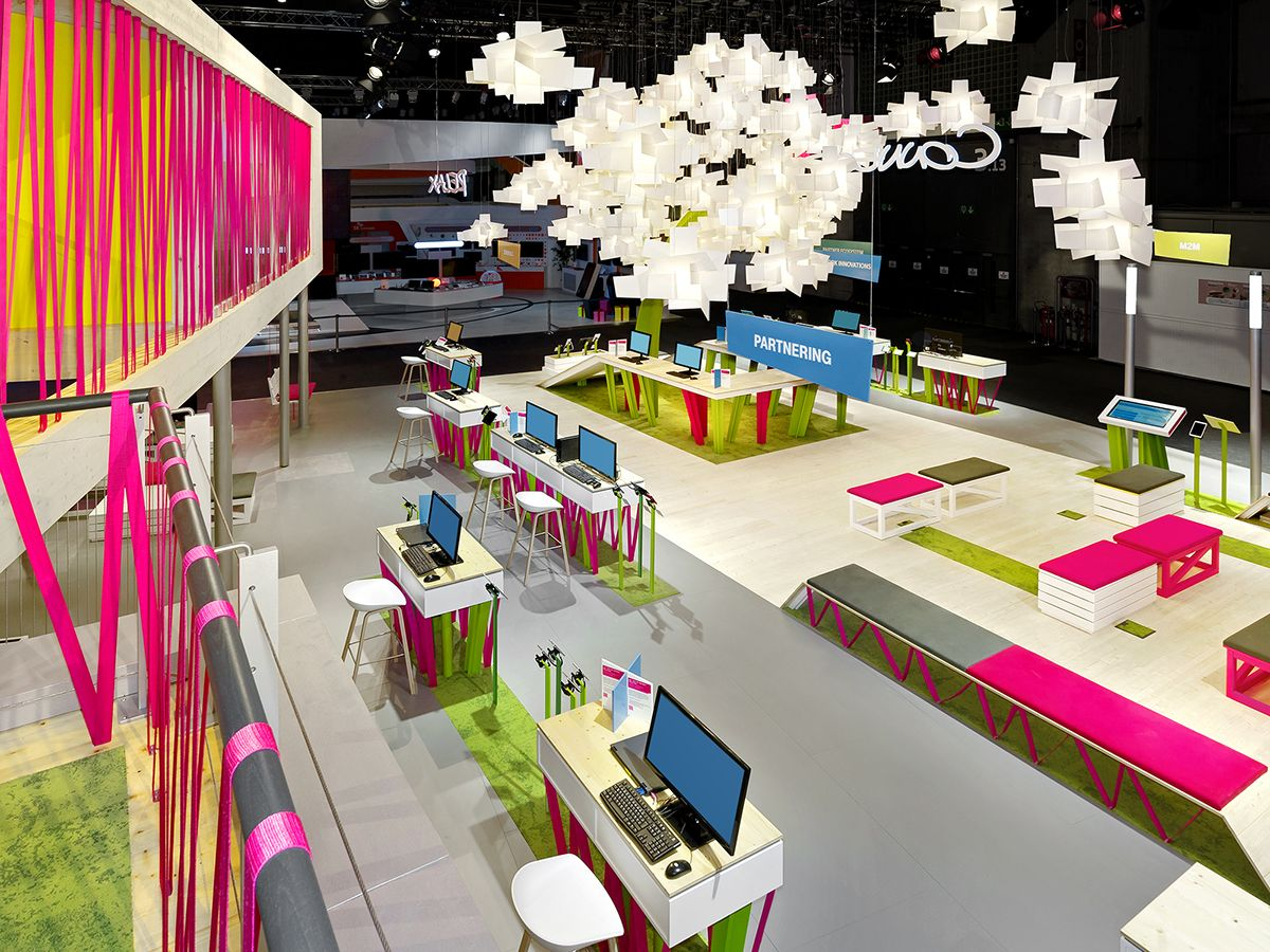Telekom MWC 2014 on Behance Booth design, Exhibition