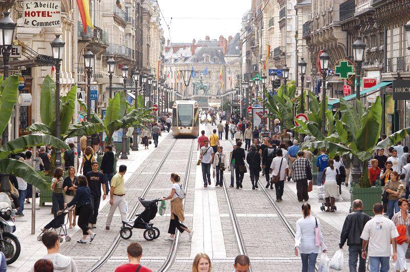 Centre ville rue de la r publique orl ans loiret for Orleans loiret