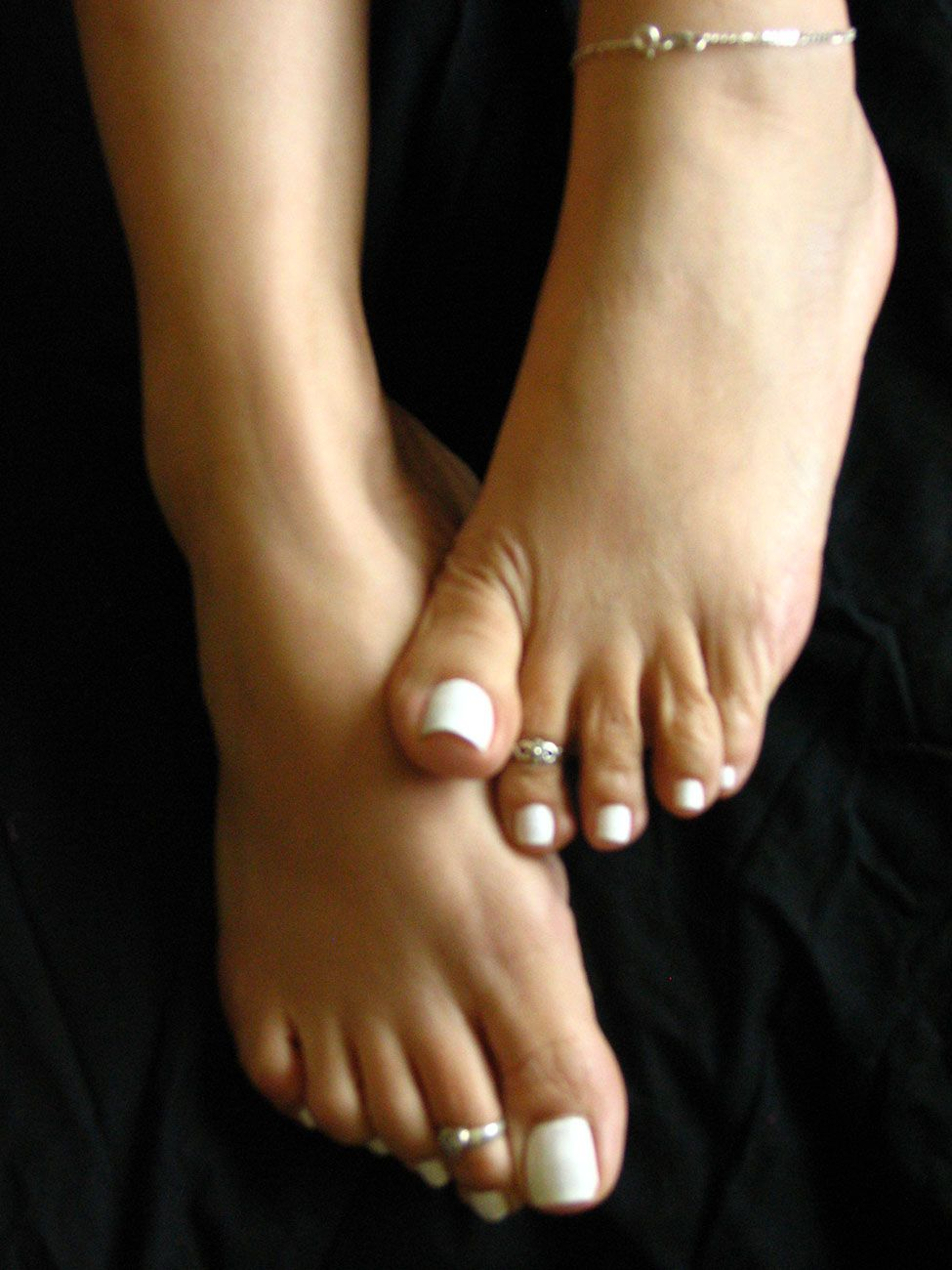 Female pointing toes fetish pictures