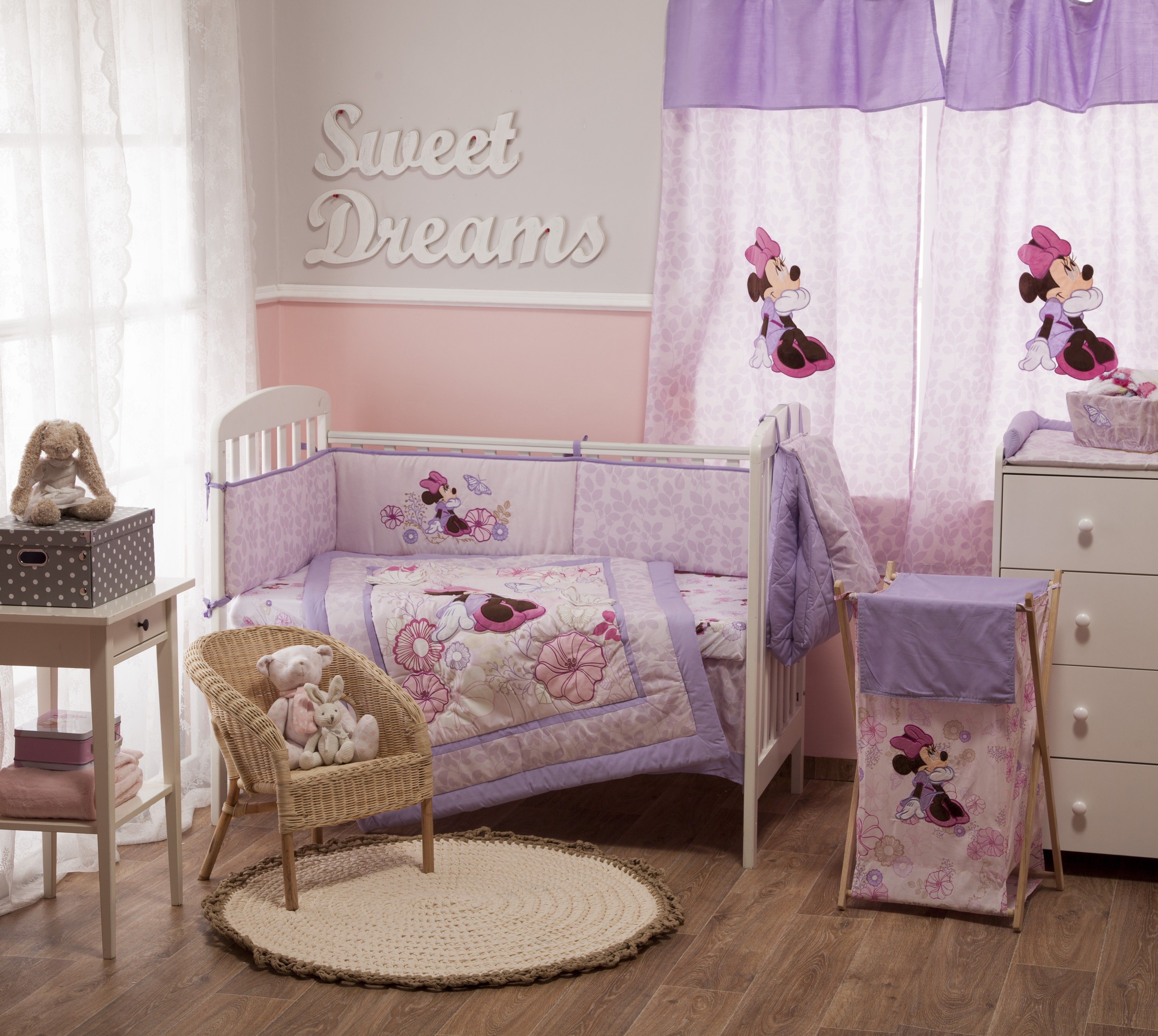 Disney minnie mouse butterfly dreams bedding collection 4 for Baby girl butterfly bedroom ideas