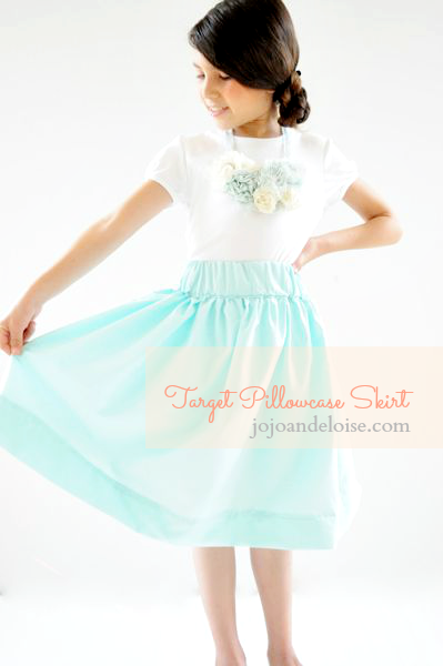DIY Tutorial DIY Sewing / DIY Whatever Dee Dee wants shes gonna get it Spring Fling Target Pillowcase Skirt - Bead\u0026Cord & Target Pillowcase Skirt Tutorial | Sewing / DIY / Kids and Toys ... pillowsntoast.com
