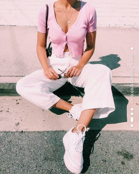 34 Cute Casual Outfits with White Sneakers | Spring Outfits Ideas Cute Casual Outfits with Sneakers