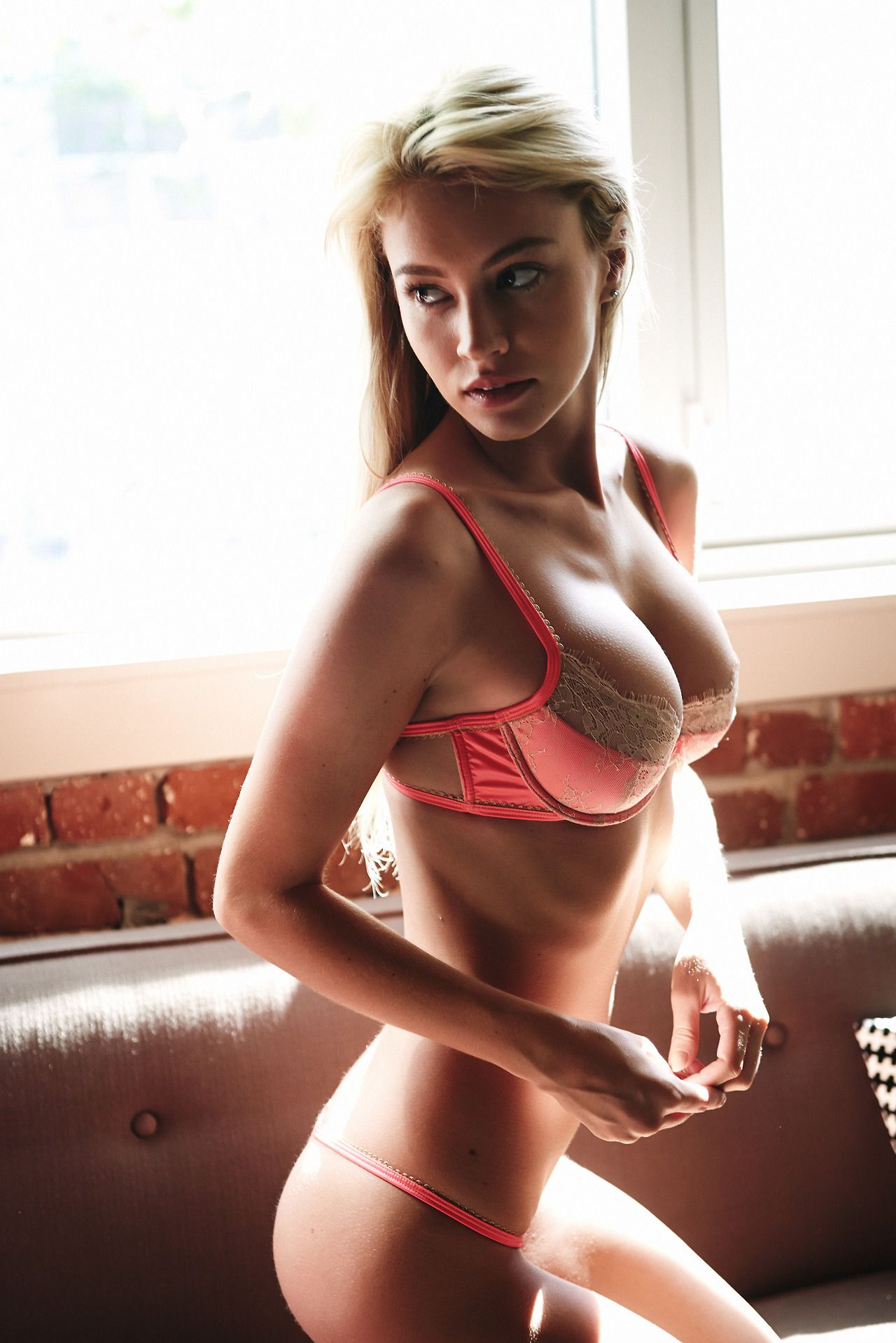 Bryana Holly Ass nude (88 photo), Cleavage Celebrites image