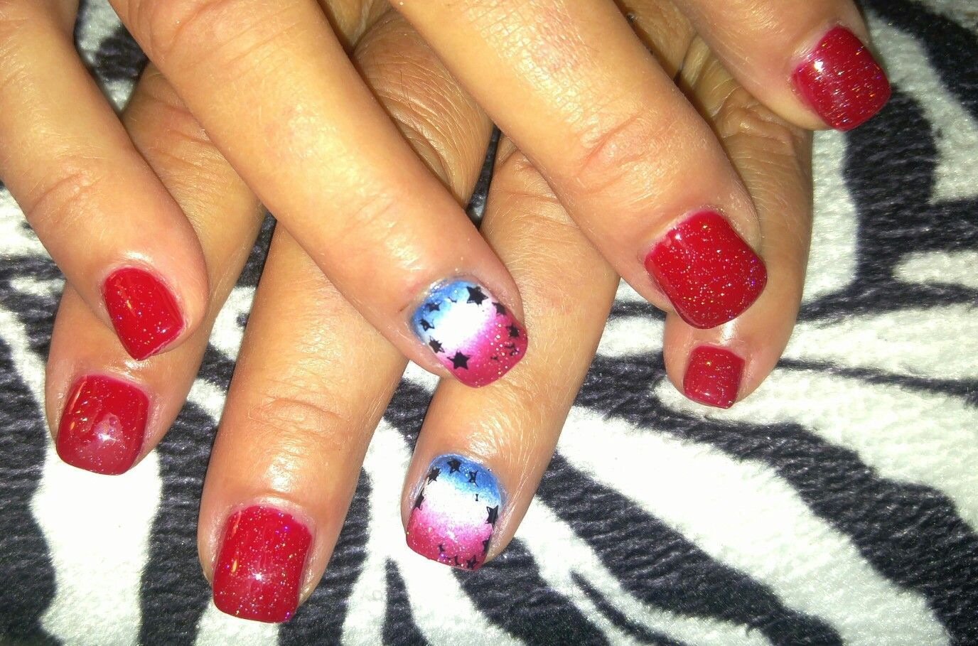 Fourth of July nail design. Acrylic nails with sponge painted ombre ...