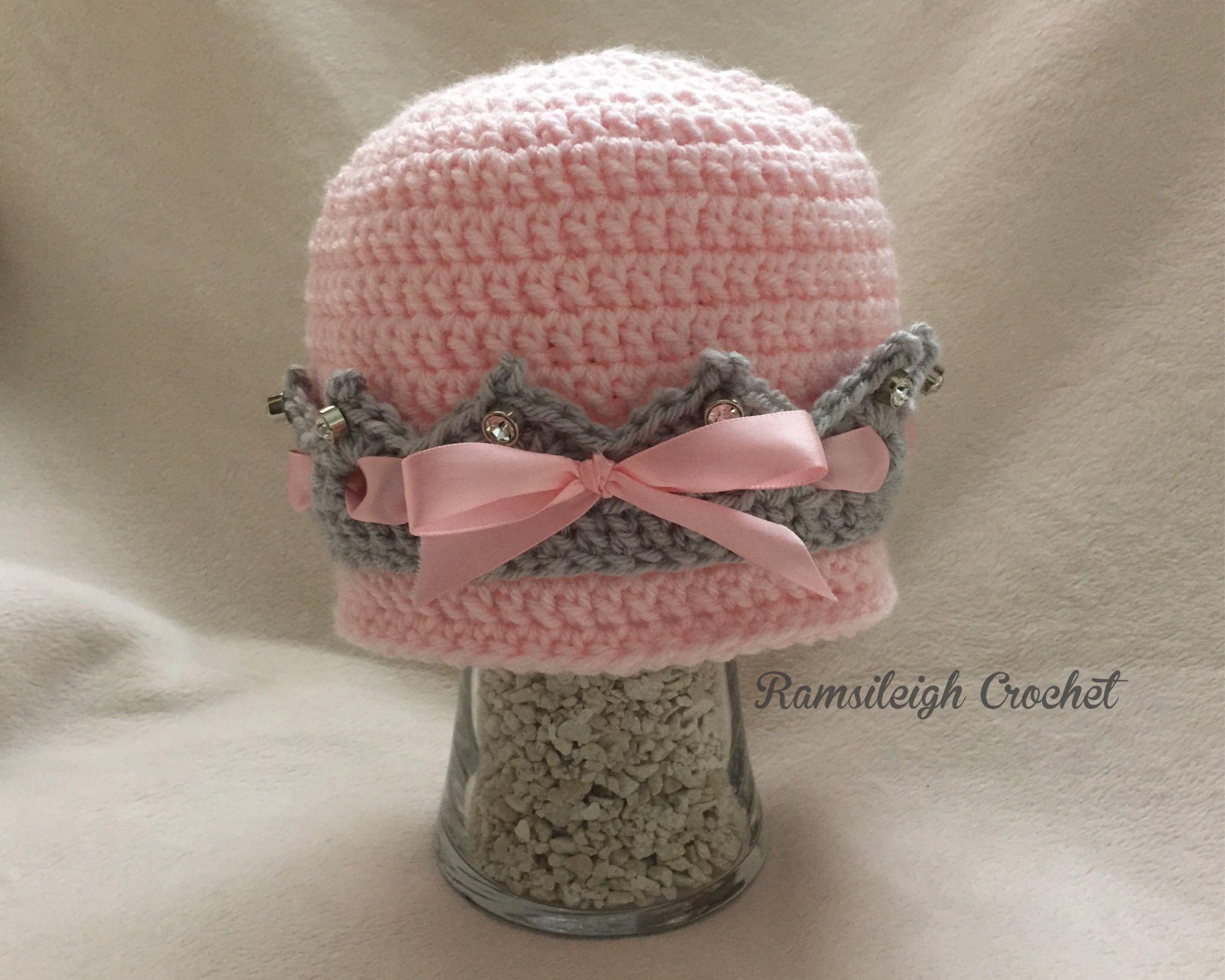 Girly Crown Hat {FREE PATTERN}   a a   Pinterest   Gorros, Tejido y ...