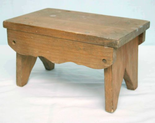 Small Wood Child Step Stool Foot Stool Vintage Old Handcrafted $8