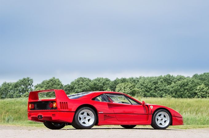 1988 Ferrari F40 owned by Pink Floyd's David Gilmour #pinkferrari 1988 Ferrari F40 owned by Pink Floyd's David Gilmour #pinkferrari