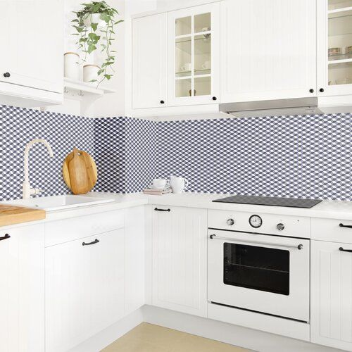 Ebern Designs Hart-Kunststofffolie Spritzschutzpaneel Selbstklebend Würfel Augustina | Wayfair.de #kitchensplashbacks