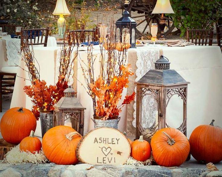 Décoration de mariage d'automne pour une journée magique
