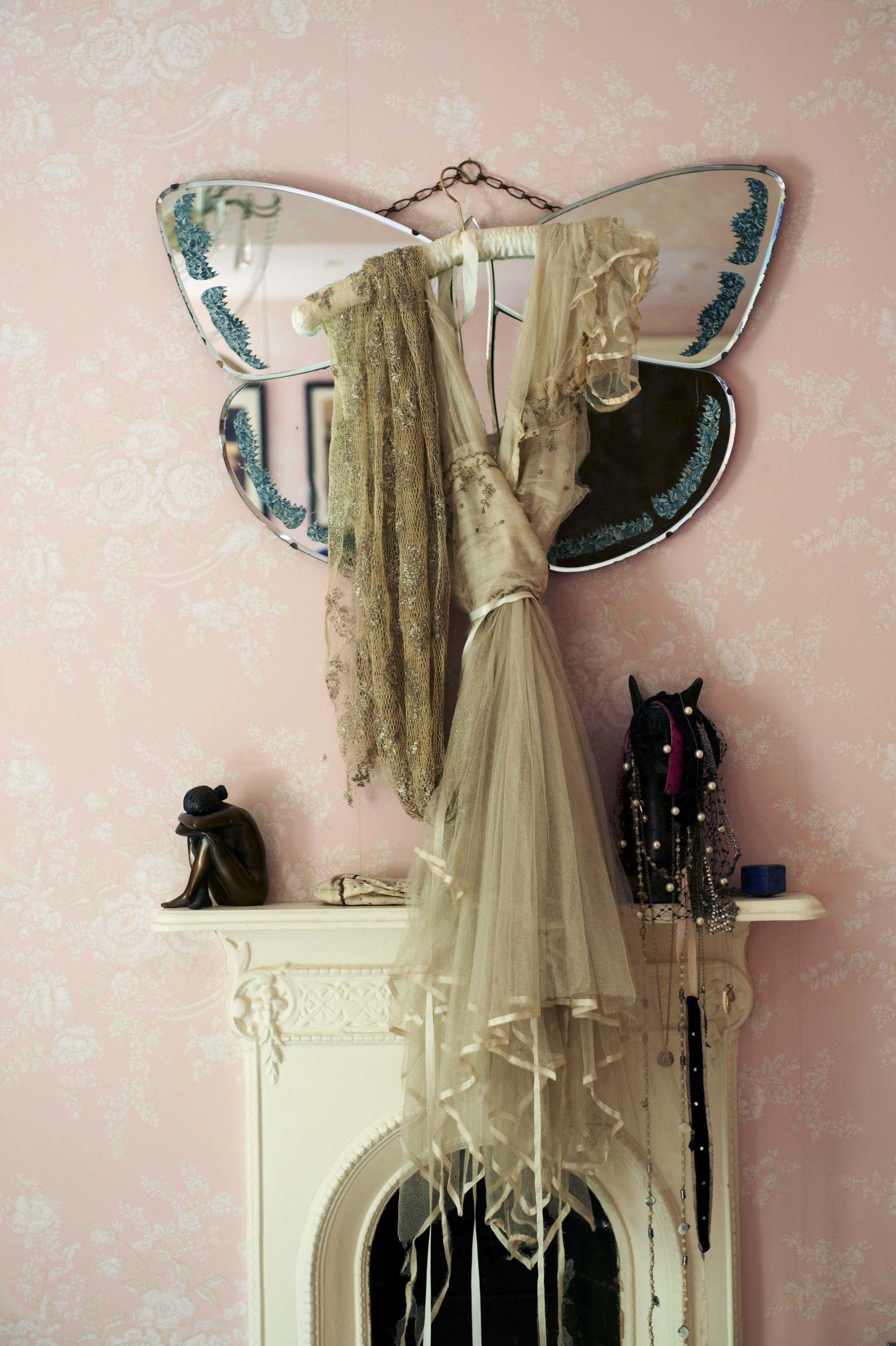 That butterfly mirror yes please bohemian heart for Mirror please