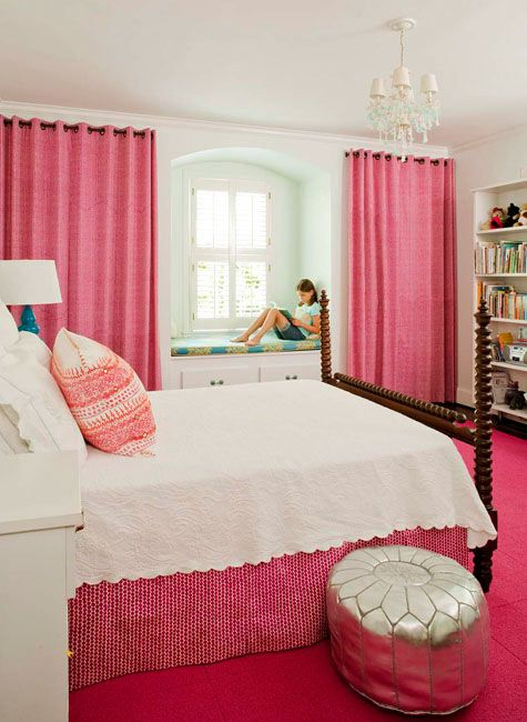 cool young girls room..... don't you wish you had it when you were young.