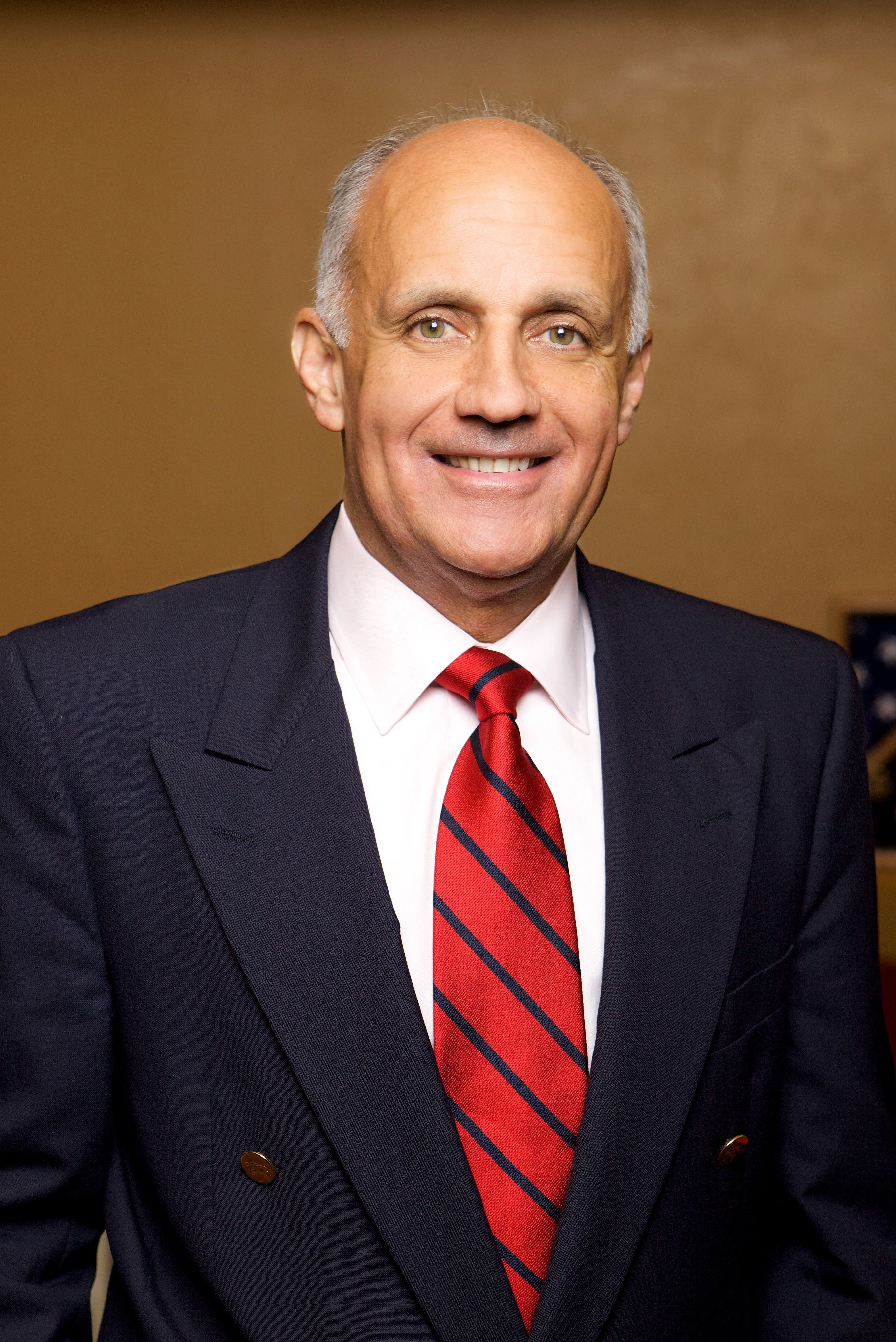 Herbalife Announces Appointment Of Dr Richard H Carmona 17th Surgeon General Of The United States 2002 2006 To Board Of Directors Herbalife Surgeon United States