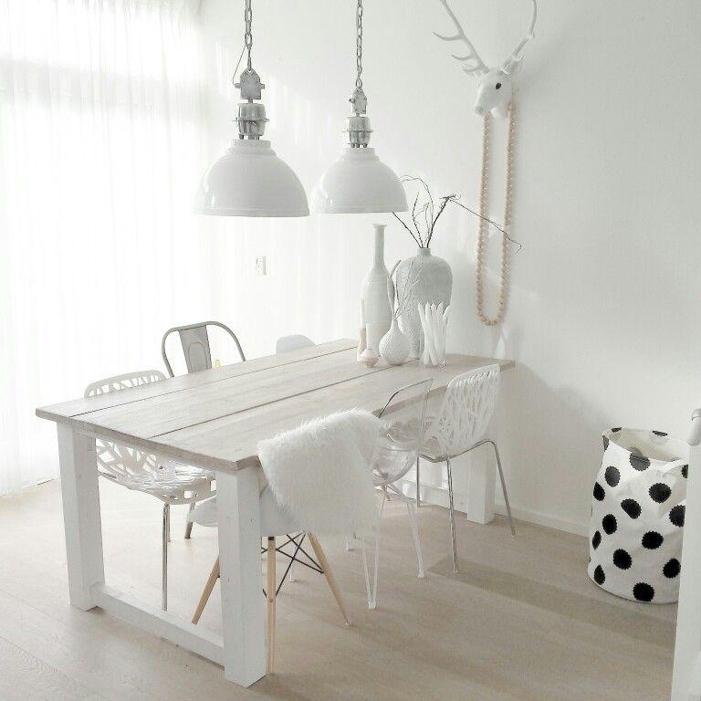 Instagram @lindauit scandinavisch wonen, eettafel, eetkamer, wit ...