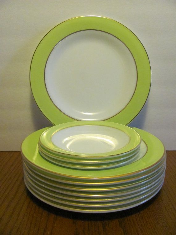 Pyrex 8 Dinner Plates 3 Saucers Lime Green by MamabirdsVintage & Pyrex Set of 8 Dinner Plates Lime Green Edge Gold Rimmed | Pyrex ...