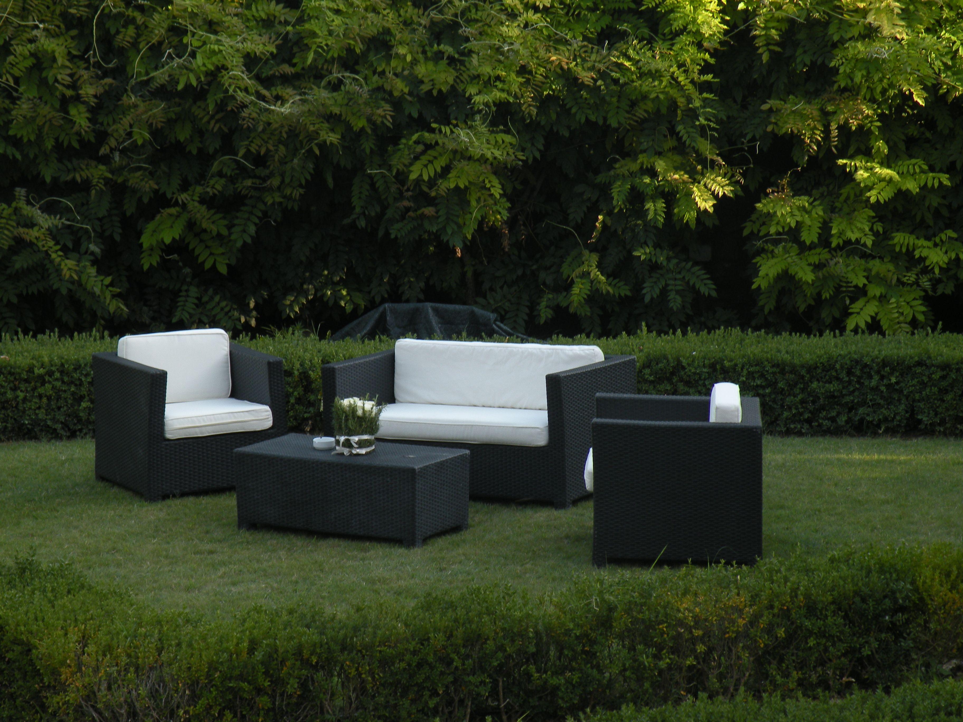 Black fusion Lounge or garden furniture / Salottino Fusion Nero per arredamento giardino o lounge #guidilenci All Rights Reserved GUIDI LENCI www.guidilenci.com