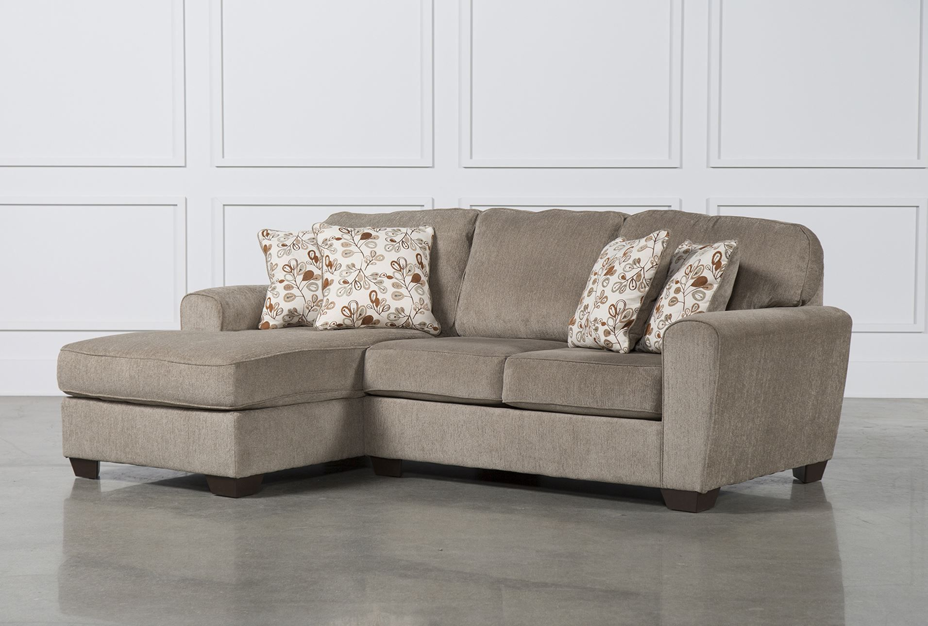 Patola Park 2 Piece Sectional W/Laf Chaise