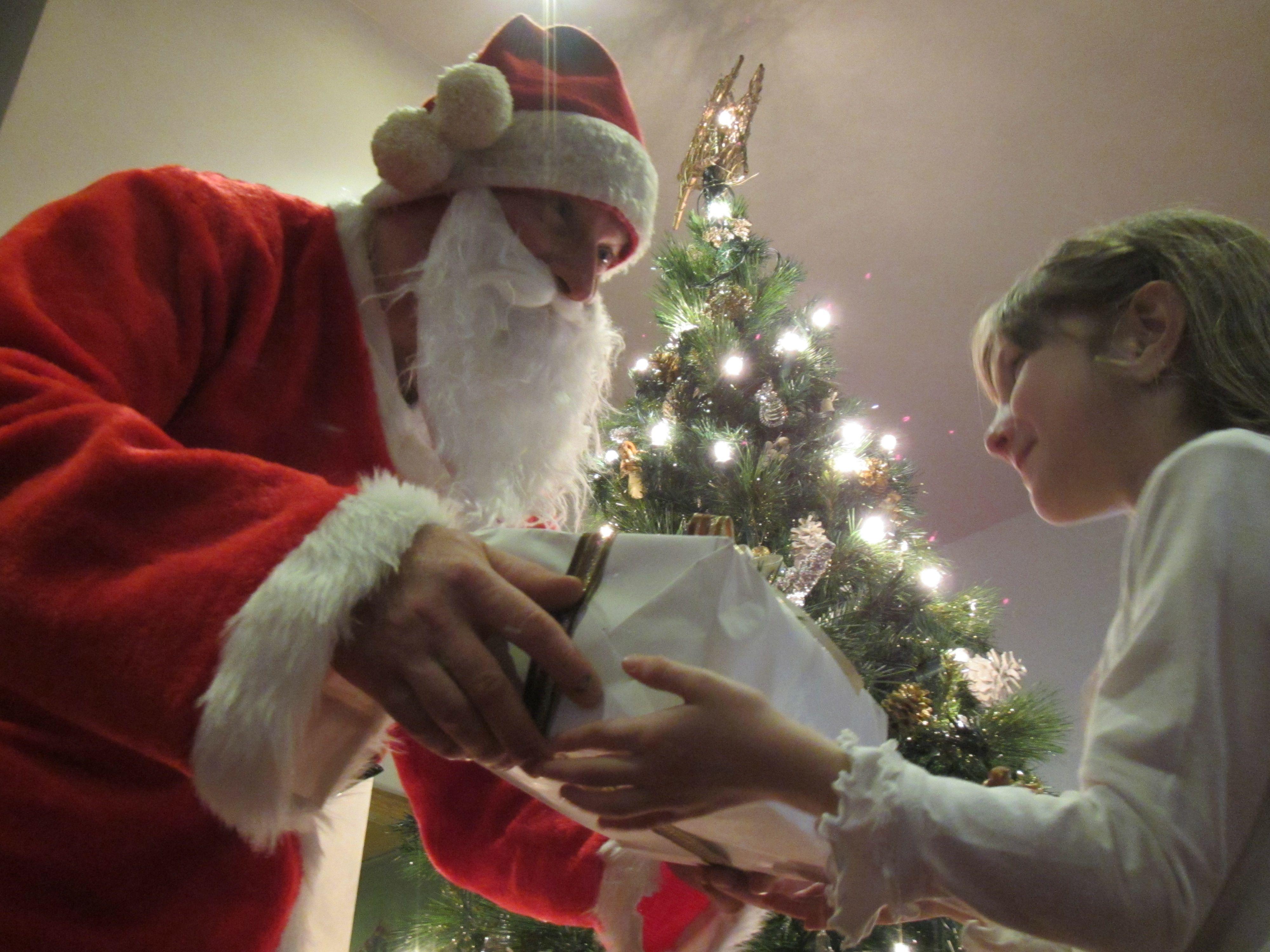 Per noi il #Natale è in #famiglia... per voi invece? ;-) #christmas #love #Noel #Weihnachten #vacanzainfamiglia #family #babbonatale