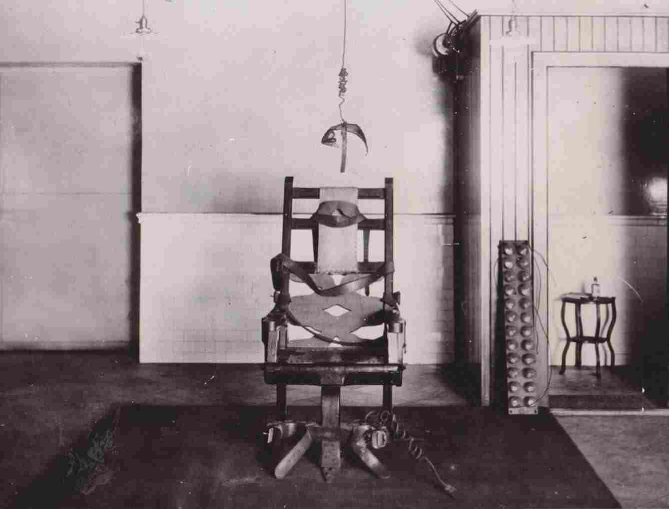 Electric Chair Was Invented By 9 To 5 Chairs Who Riset