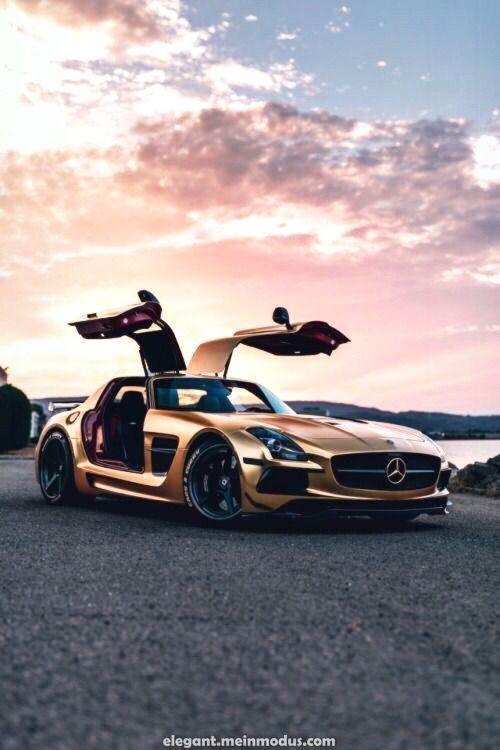 Fantastischer Mercedes-Benz SLS AMG – DER MANN   – Sportwagen