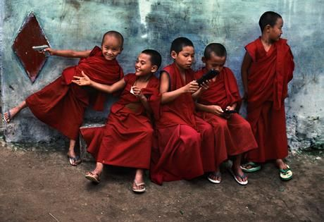 Steve McCurry, Young monks playing video games