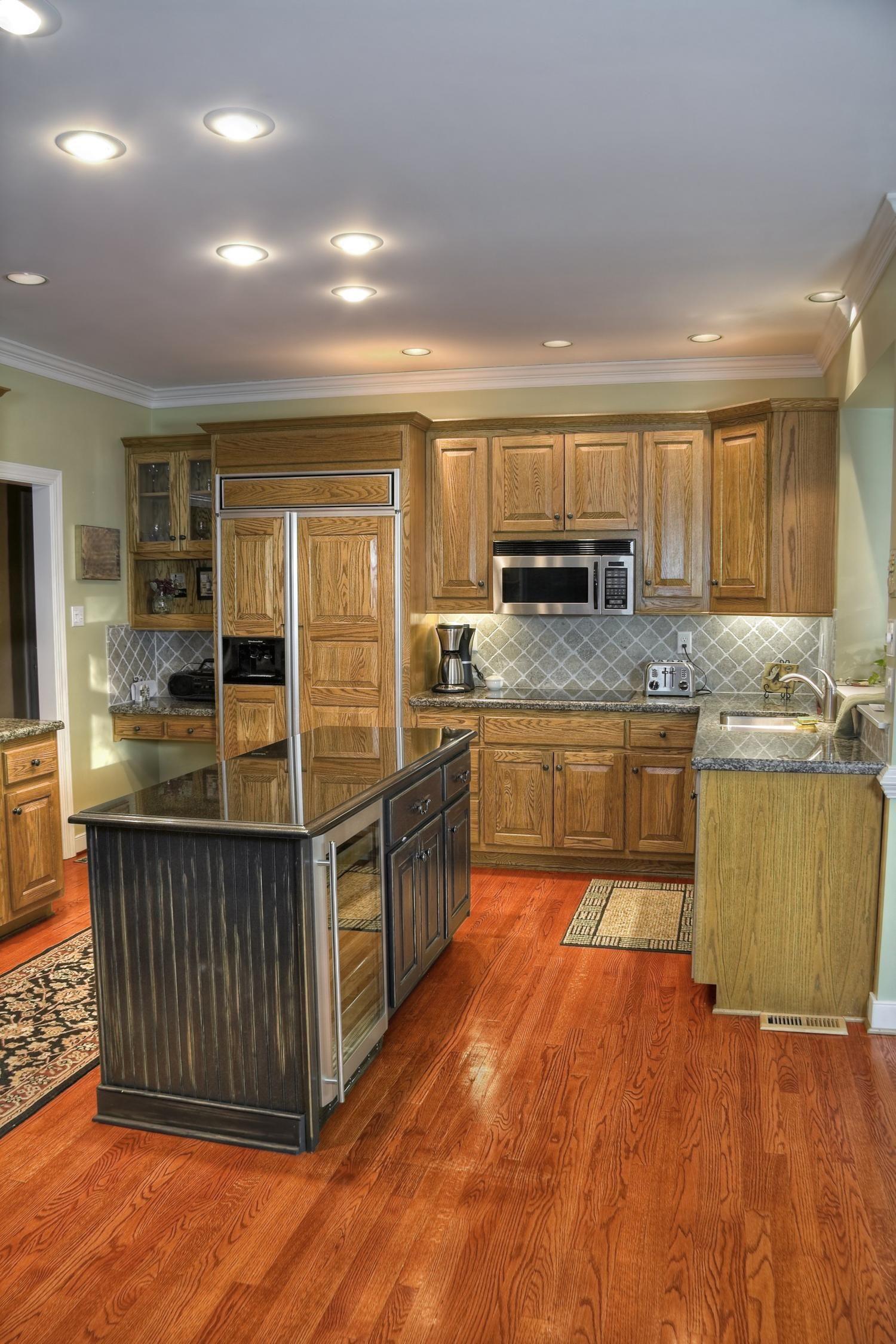 Gunstock Oak Solid Hardwood Floor Decor Interior Design Kitchen Solid Hardwood Floors Kitchen Design