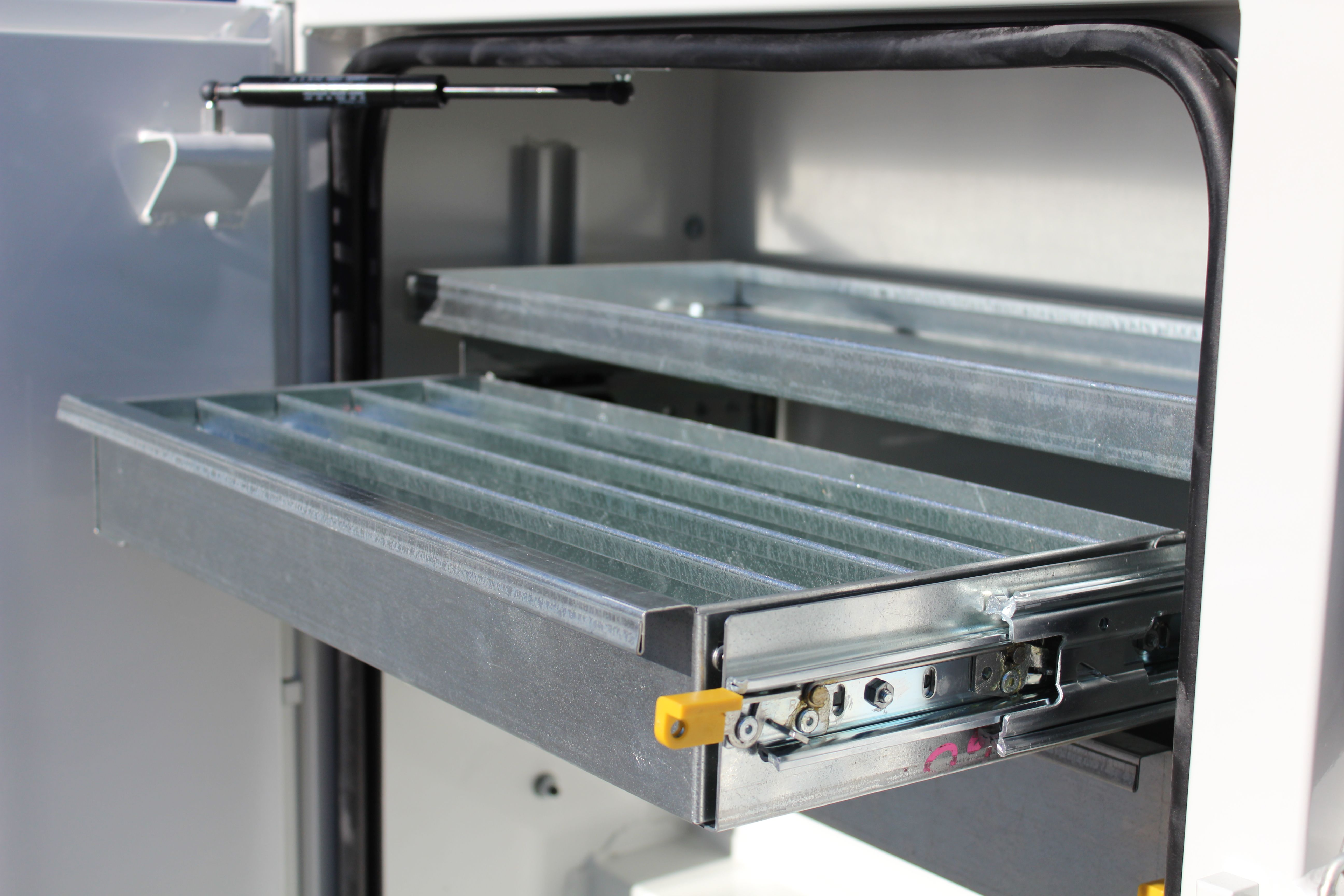 Drawer Options For Cm Beds Ute Trays Truck Bed Decor