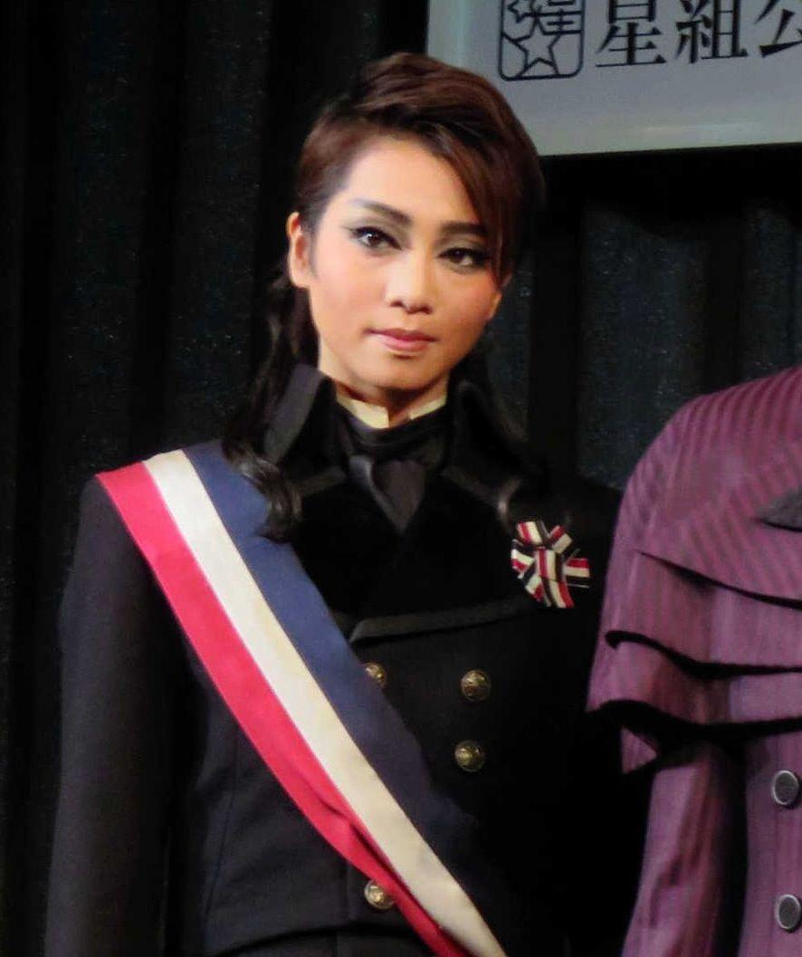 宝塚・星組新トップに礼真琴、娘役トップに舞空瞳が決定