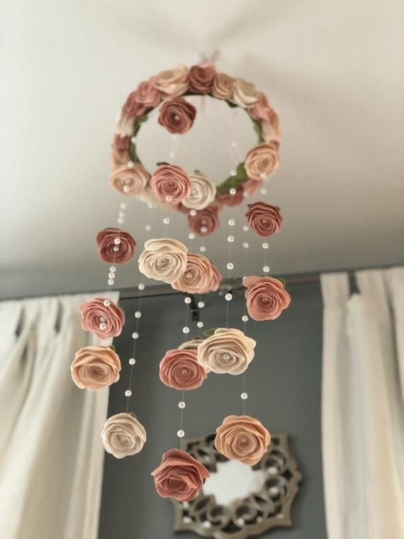 Vintage blush Felt flower mobile | roses and pearls baby girl nursery decor Garden pretty Nursery hanging decor, baby girl mobile