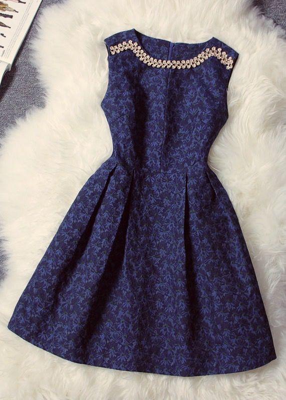Diamond Jacquard Collar Sleeveless Dress