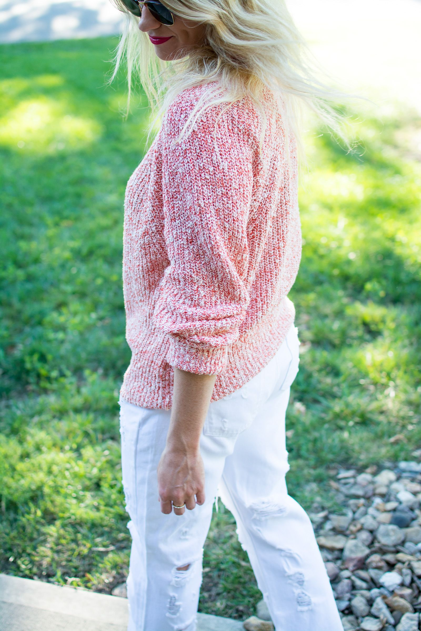 Summer Sweater with White Boyfriend Denim. | Ashley from Le Stylo ...