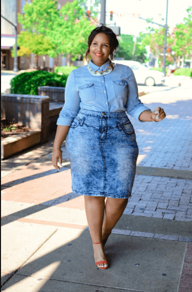 e2c5053b9e Acid-washed-Denim-skirt-with-shirt-329x500 18 Best Denim Skirts Outfits for Plus  Size Women 2018