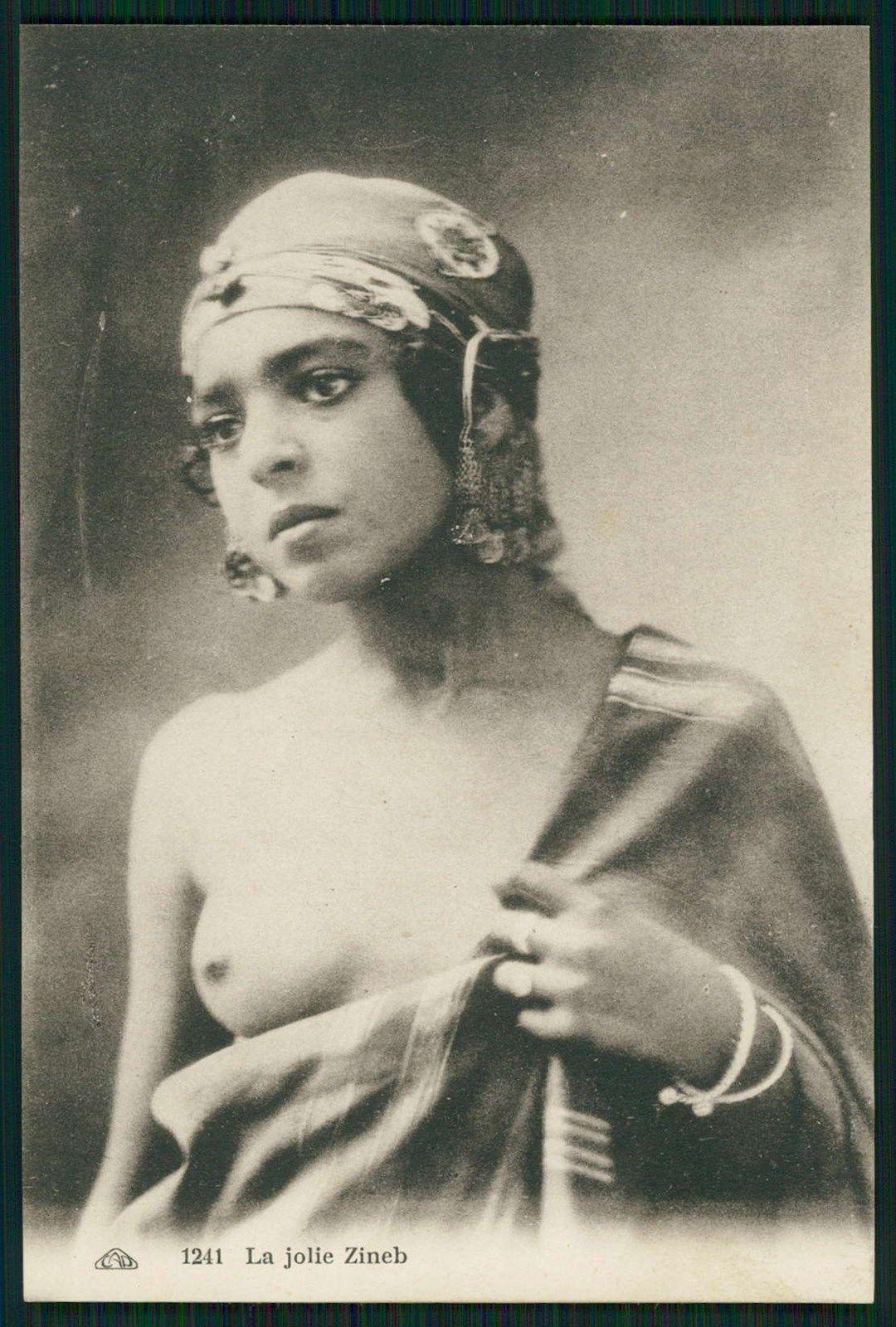 nude-erotic-arab