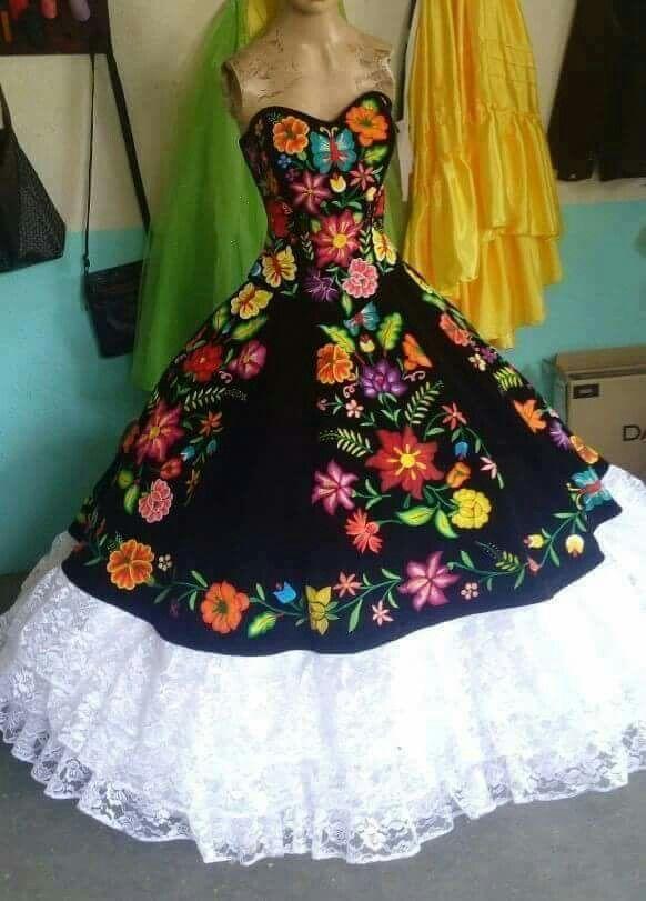 Mi Vestido De 15 En 2019 Vestidos Elegantes Mexicanos
