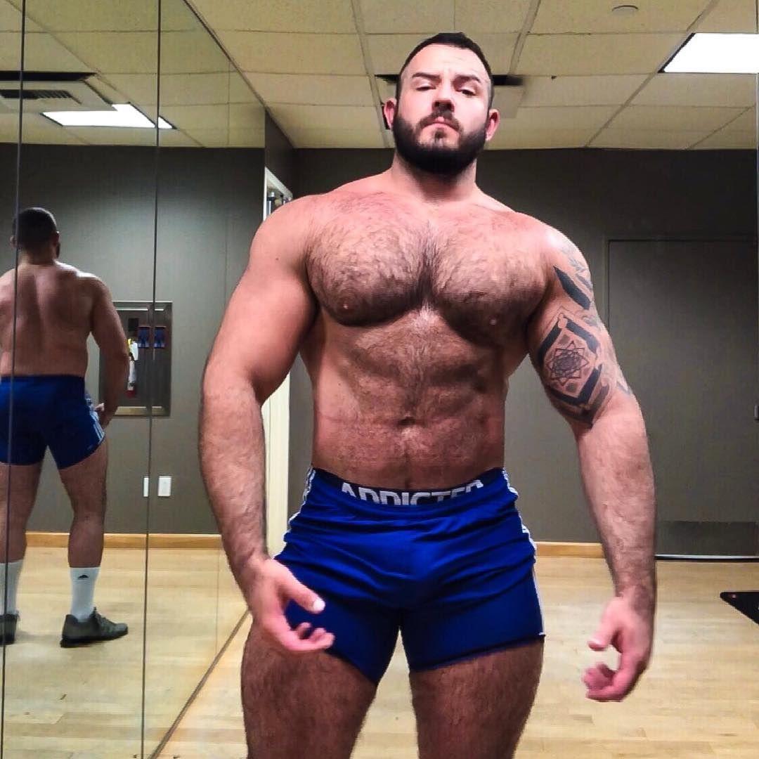 #belly #silly #bulk #bulking #whatsummer #workout #flex #flexfriday # bodybuilding #lol #muscle #gay #gaymuscle #scruff #woof #beard #gym #friyay  #friday